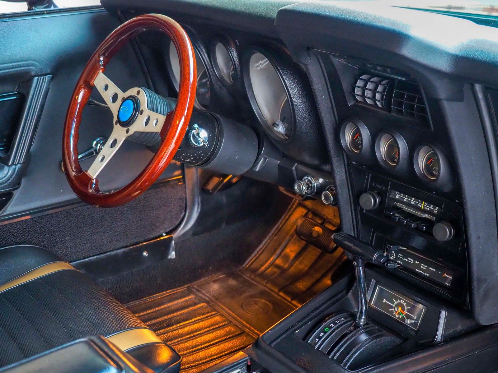1972 Ford Mustang 35
