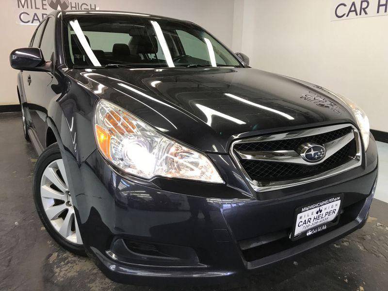 Subaru Legacy: Head restraint adjustment