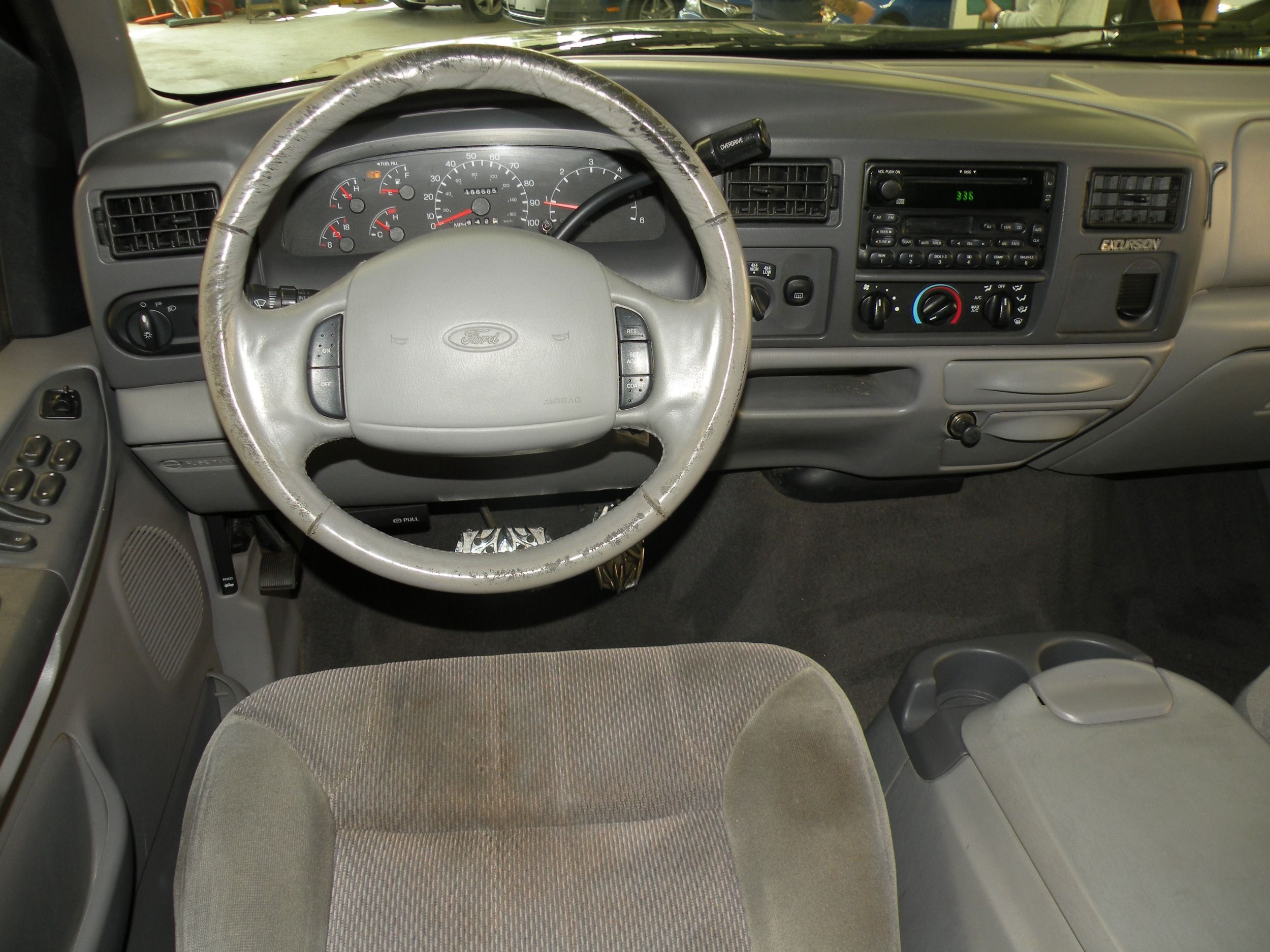 2000 Ford Excursion Photos 8n Steering Back To Vehicle