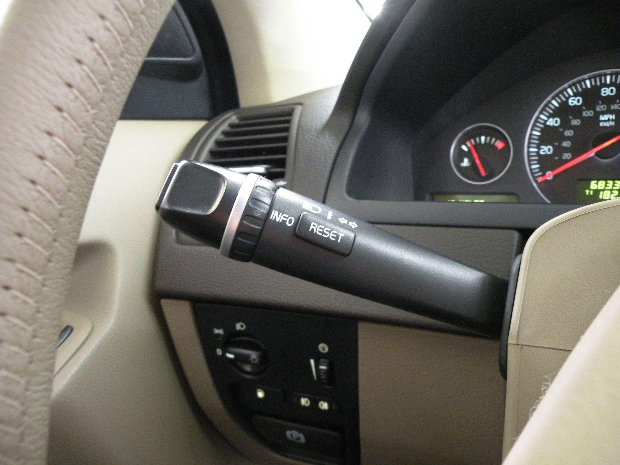 2010 Volvo XC90 3 2 | Auto Source LLC