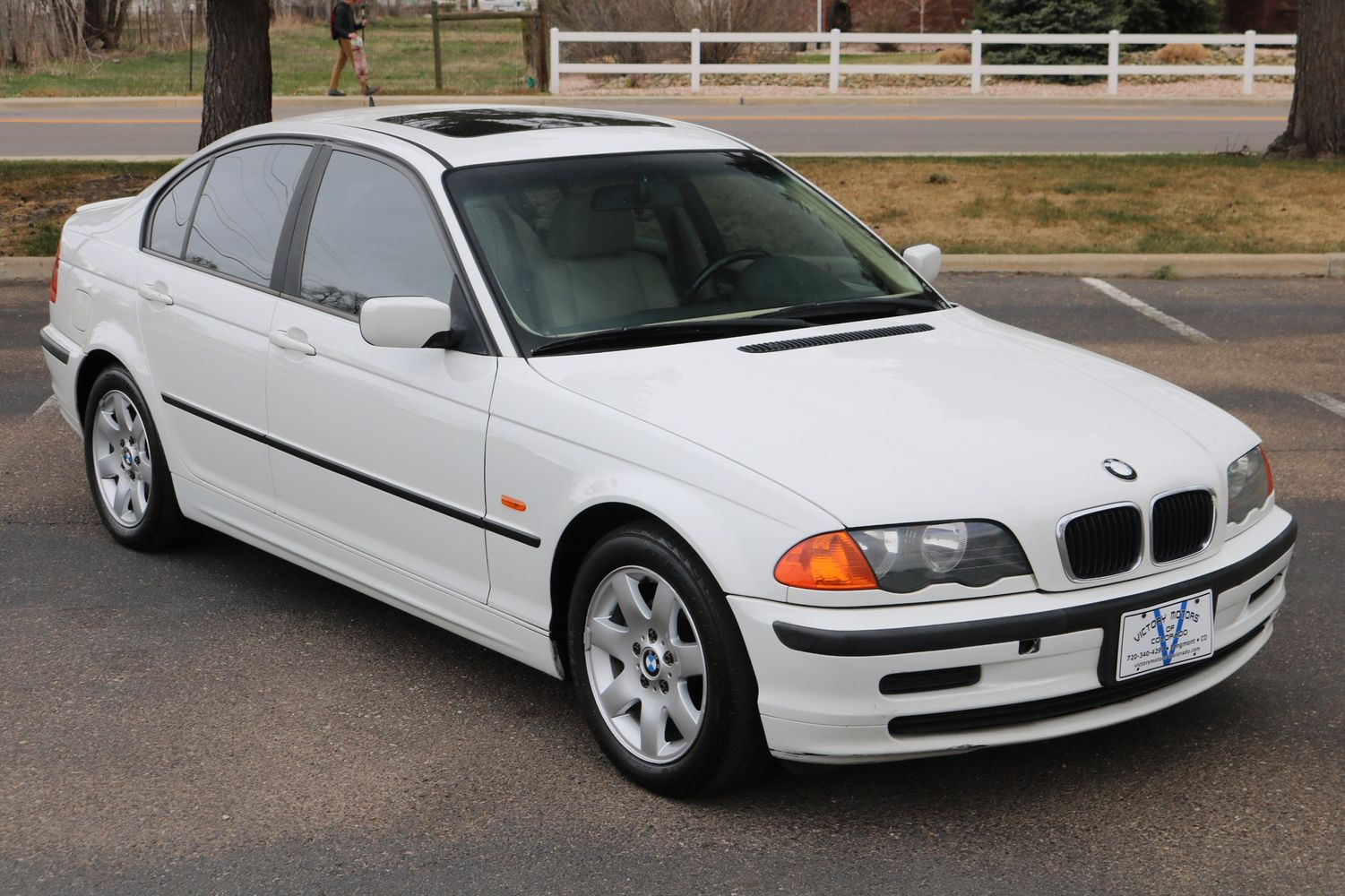 2000 BMW 323i | Victory Motors of Colorado