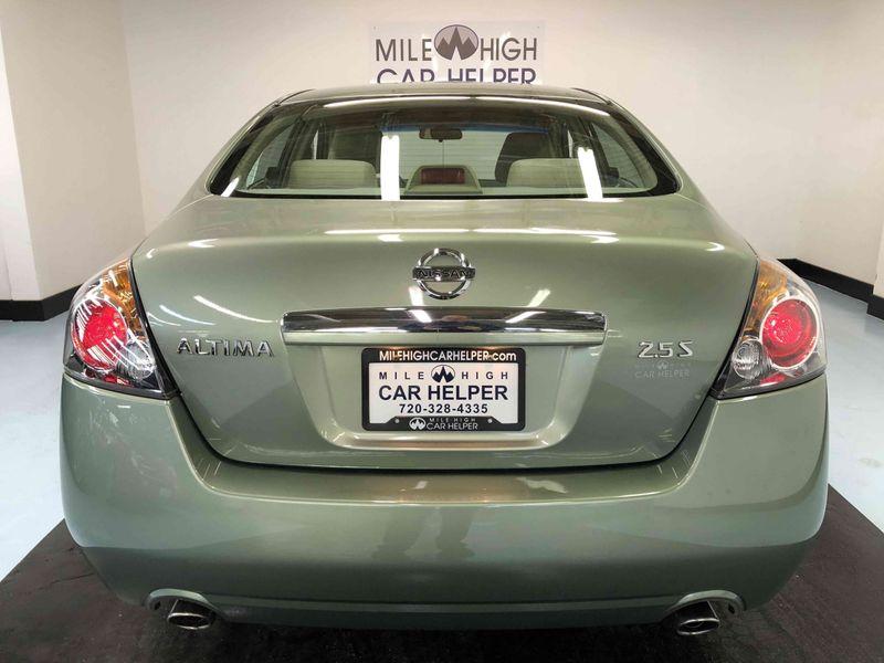 Nissan Altima: Regulatory Information