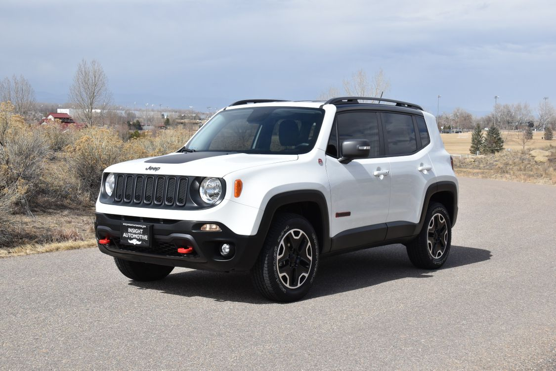 news show renegade trailhawk latitude three more rear review jeep