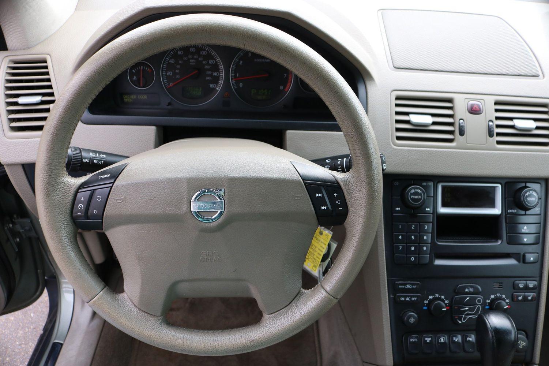 2006 Volvo XC90 2 5T   Victory Motors of Colorado