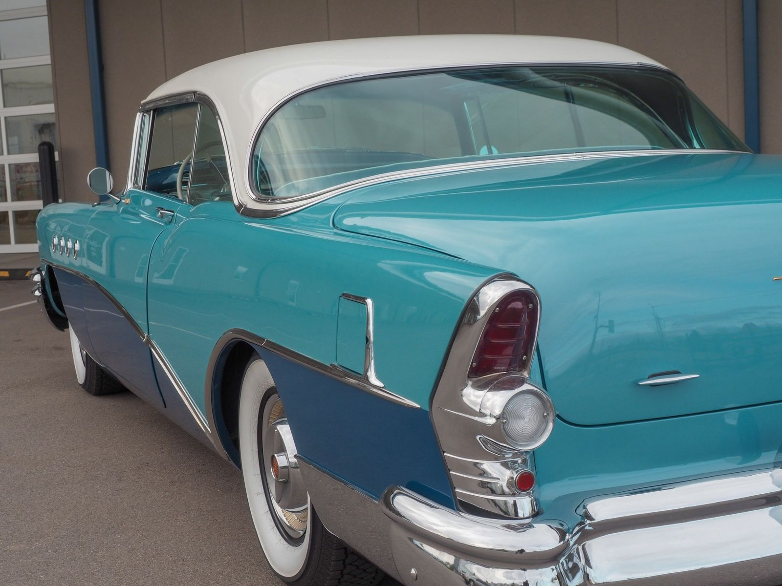 1955 Buick Roadmaster 36