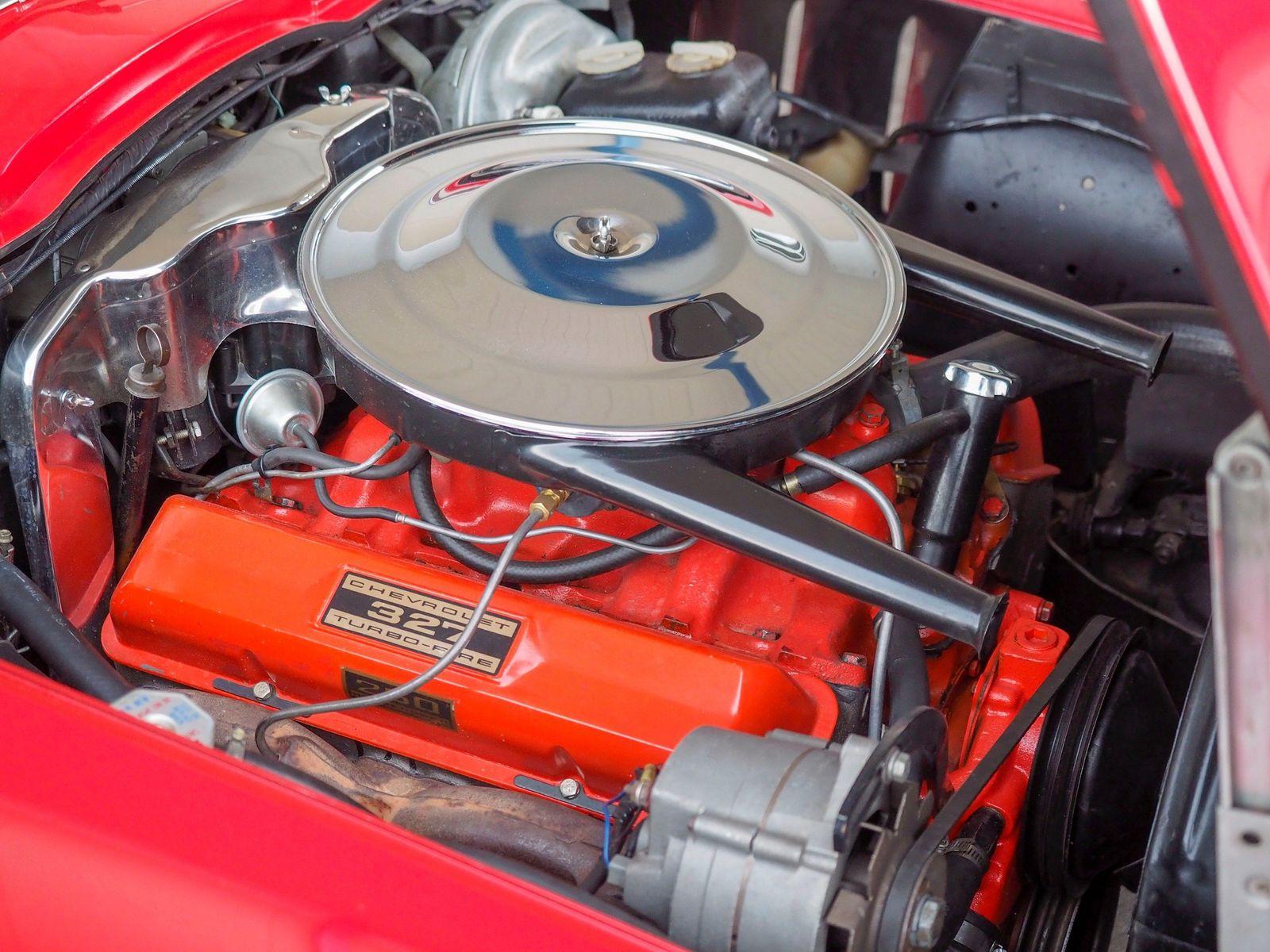 1965 Chevrolet Corvette 25
