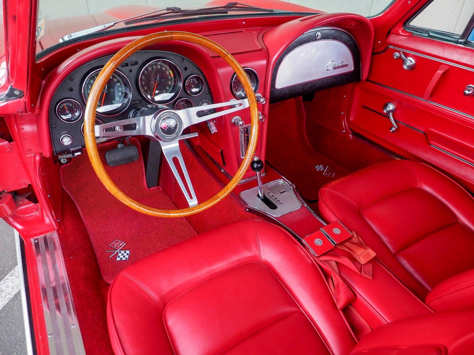 1965 Chevrolet Corvette 34