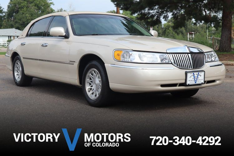1999 Lincoln Town Car Cartier Victory Motors Of Colorado