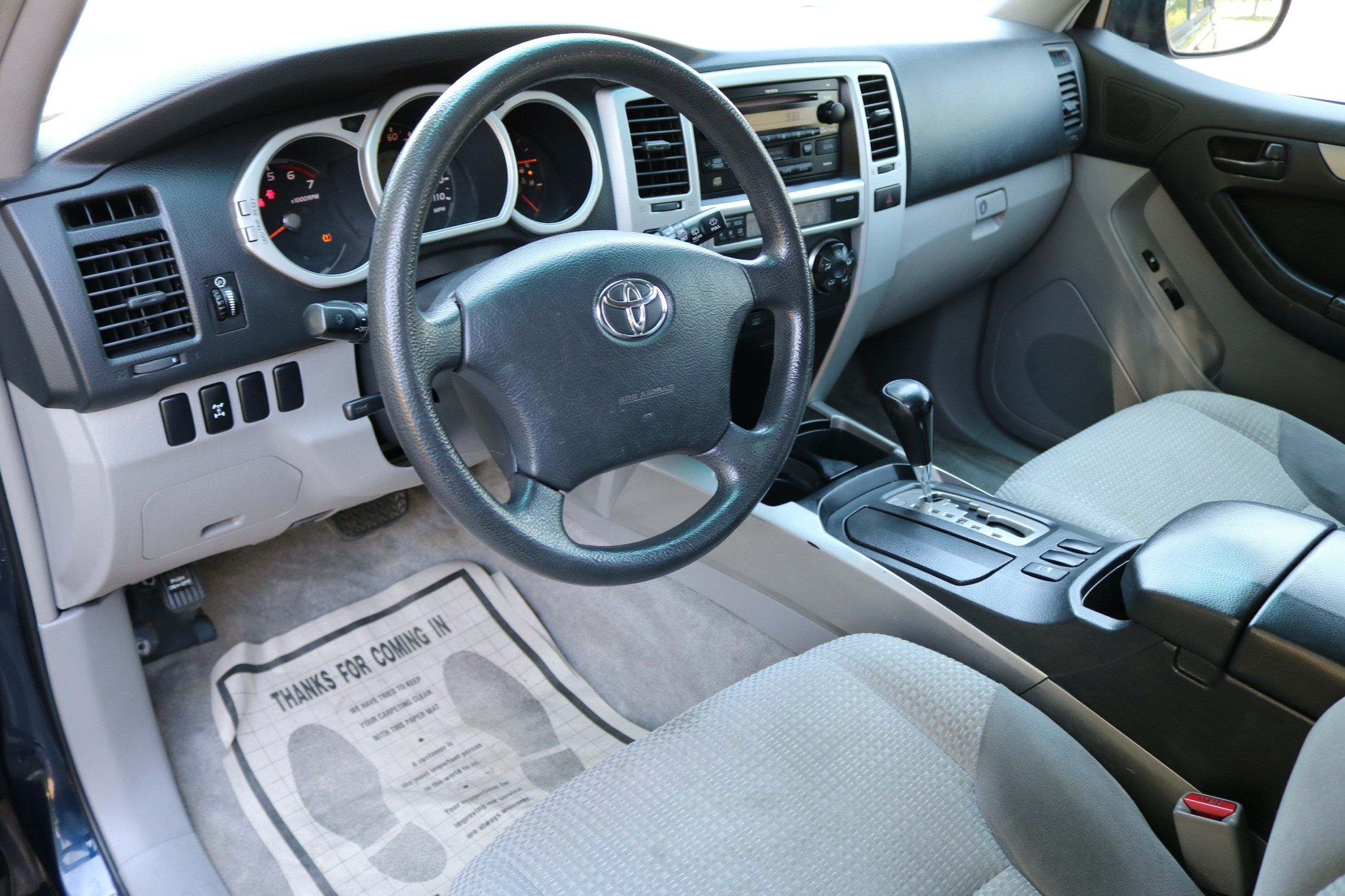 2004 Toyota 4Runner Photos