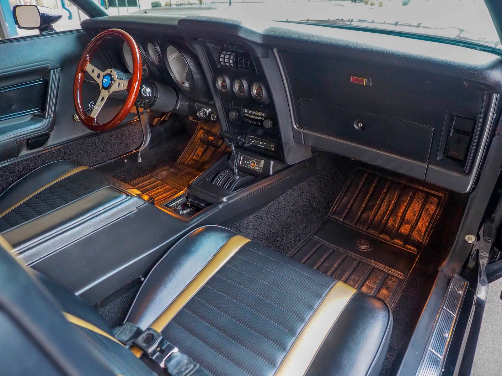 1972 Ford Mustang 28