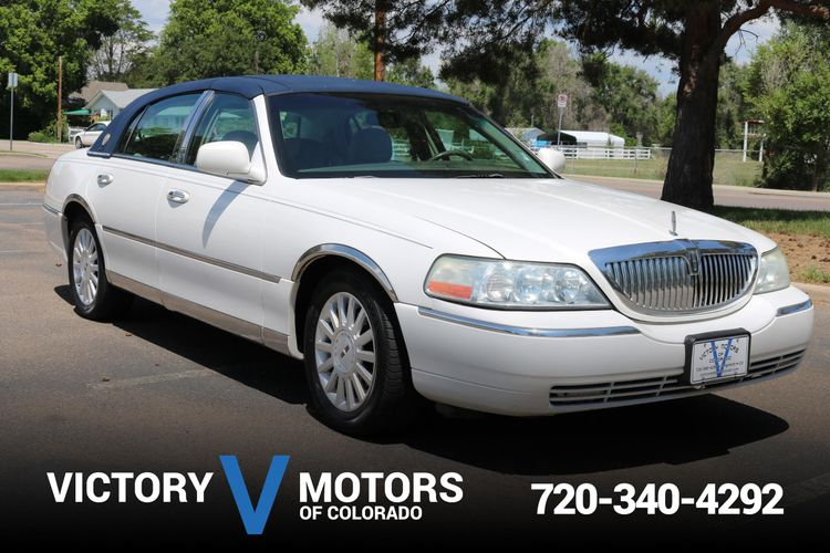 2003 Lincoln Town Car Executive Victory Motors Of Colorado