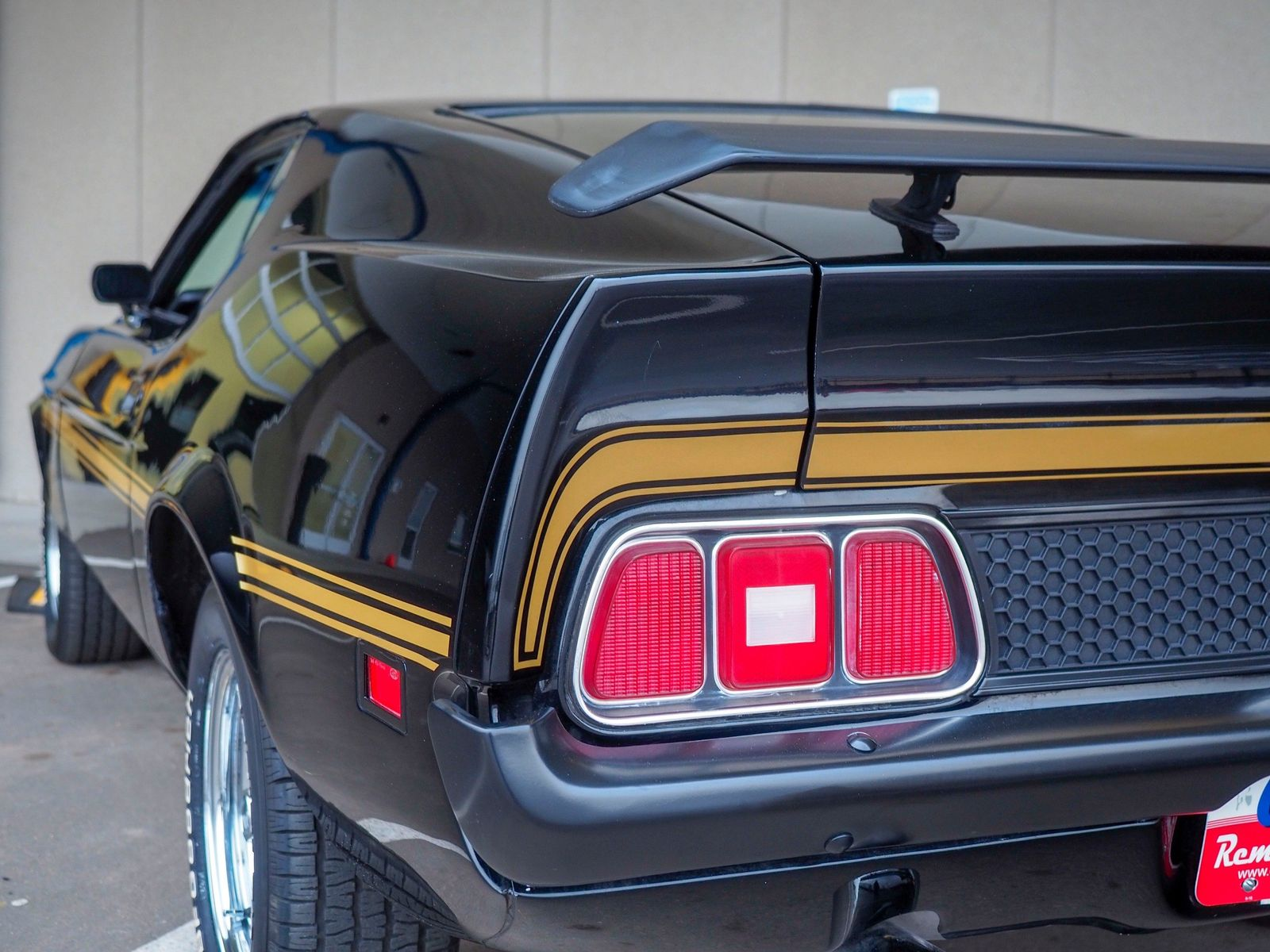 1972 Ford Mustang 11