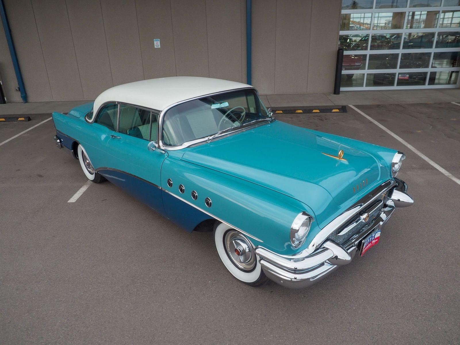 1955 Buick Roadmaster 32