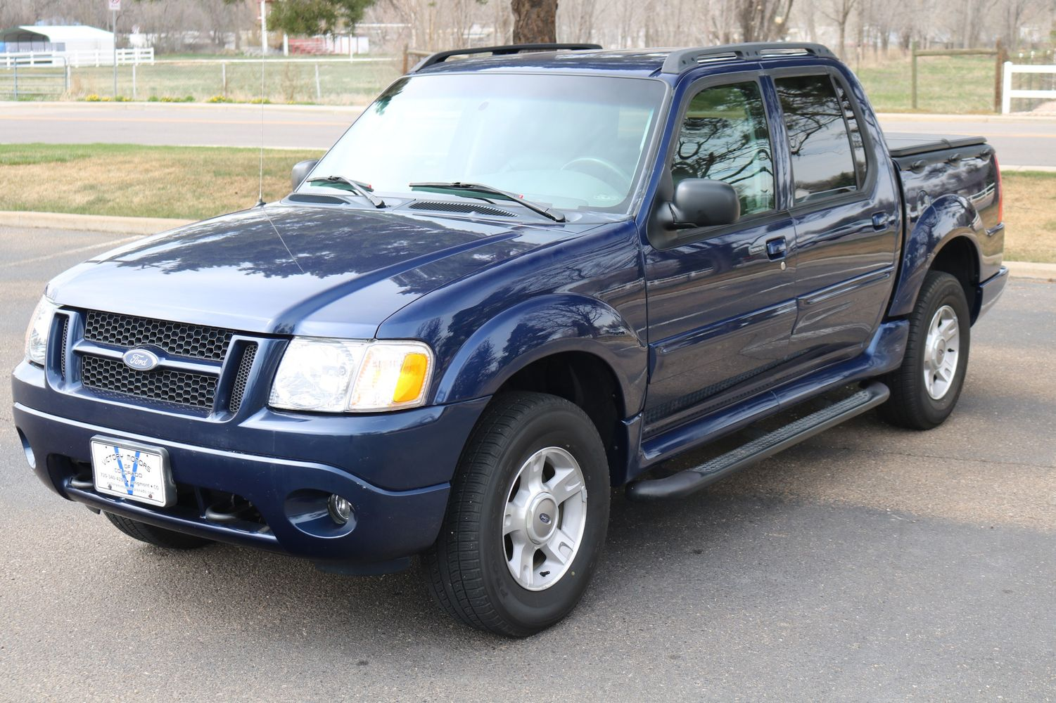 2004 Ford Explorer Sport Trac Xlt Victory Motors Of Colorado Fuel Filter Low Mileage Sold View 42 Hi Res Photos