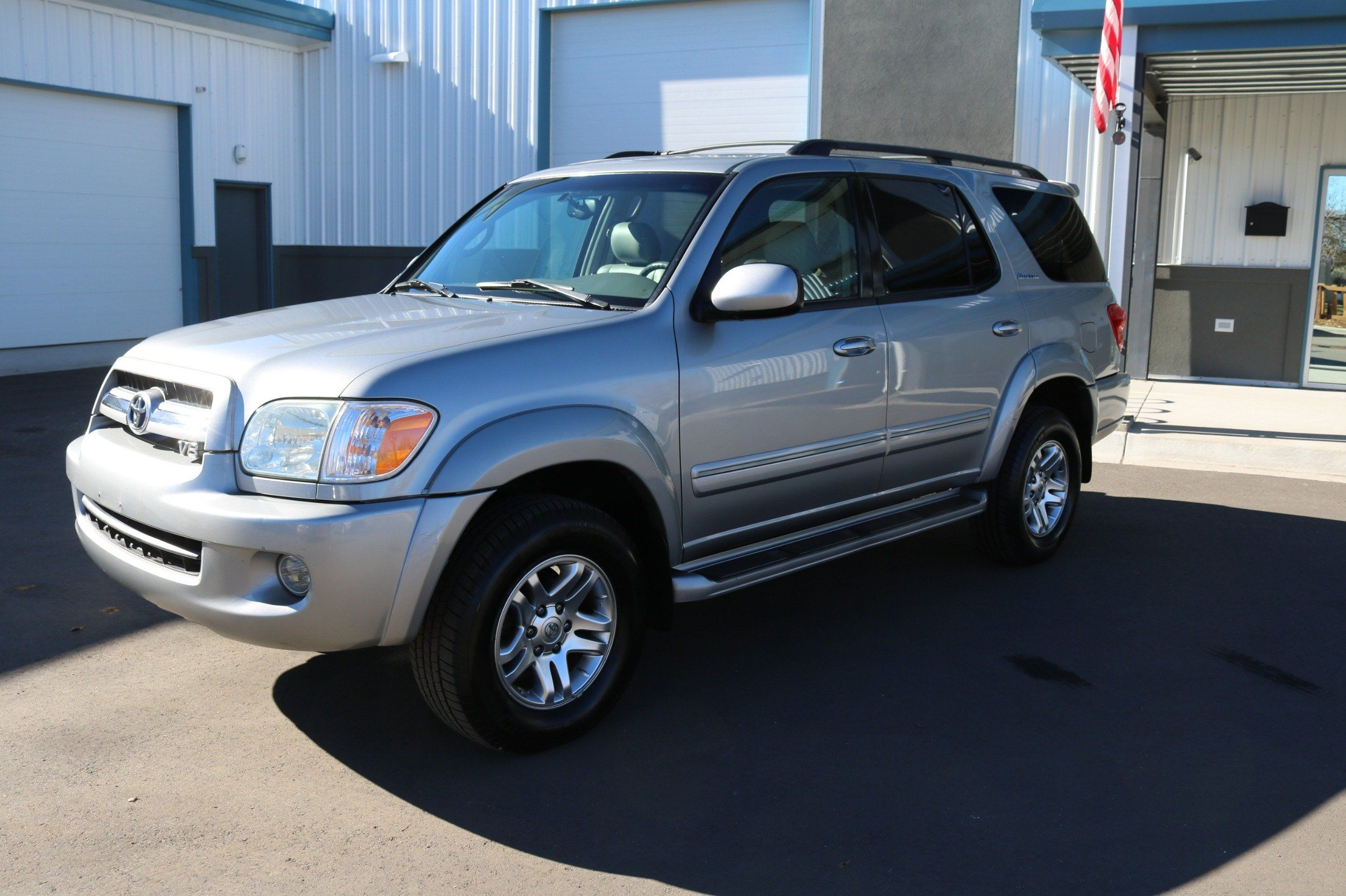 Inventory Epic Autos White 2004 Toyota Sequoia Off Road 2006 Limited