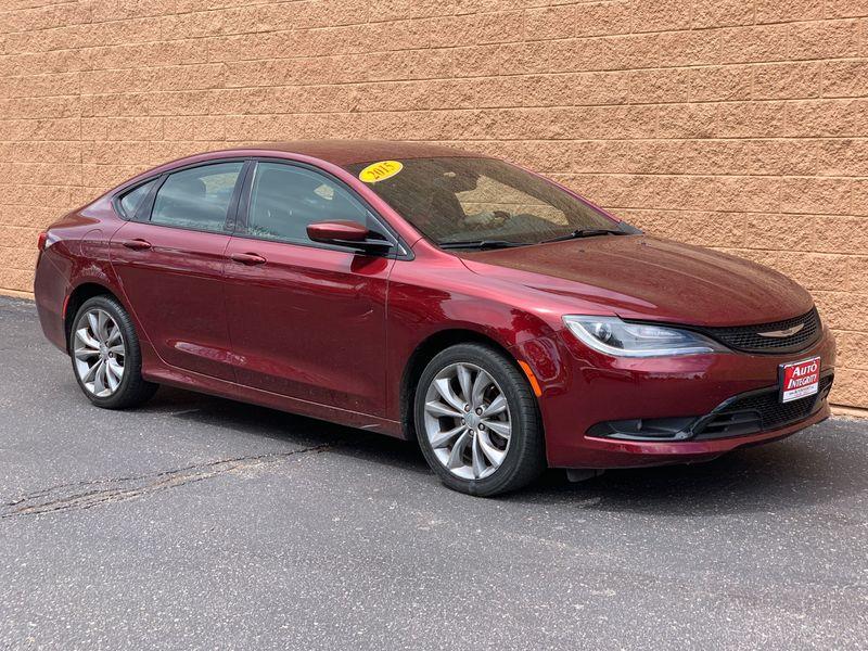 2015 Chrysler 200 Tinted Windows