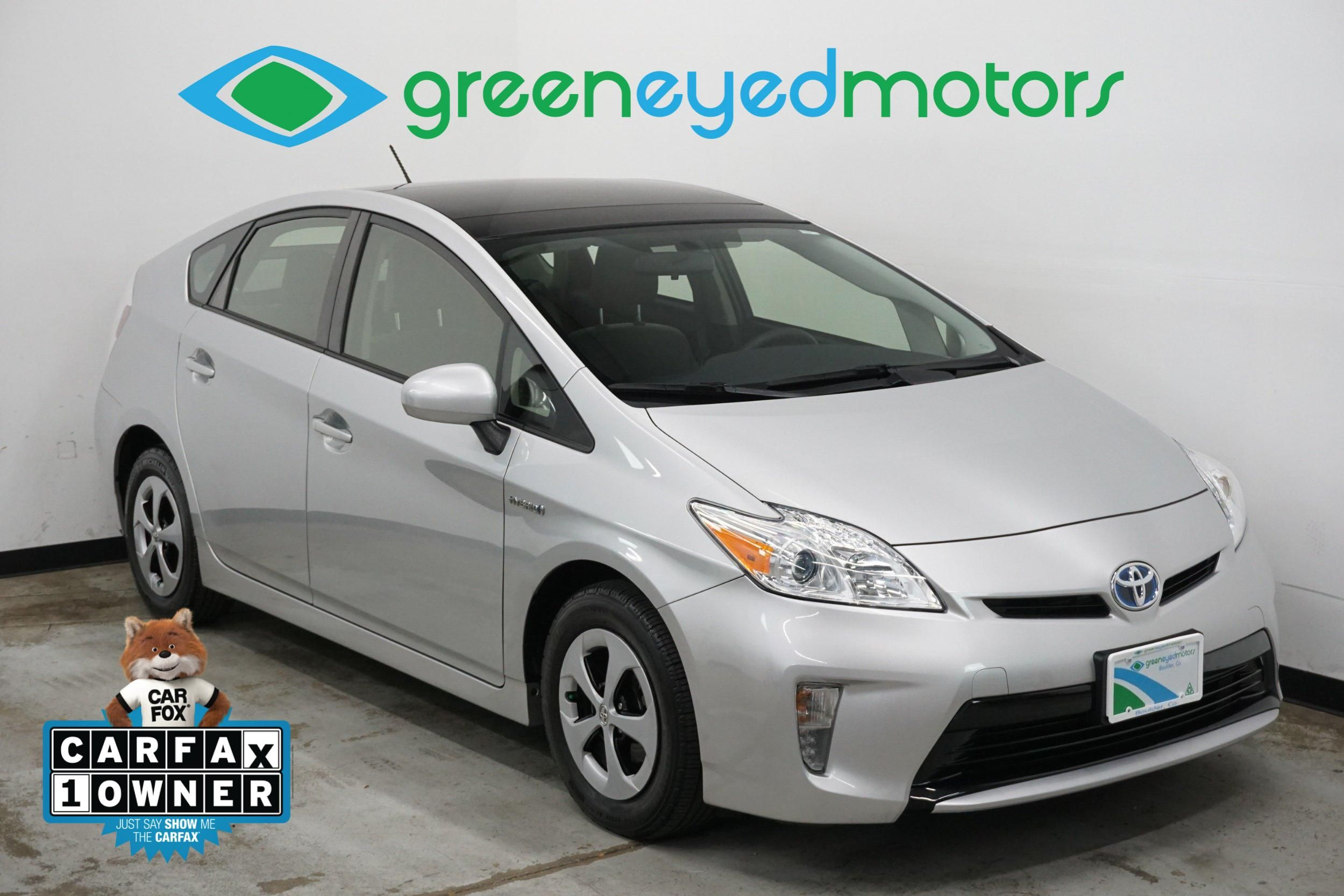 2014 Toyota Prius Three. Solar Roof Package   Navigation   50+ MPG!!