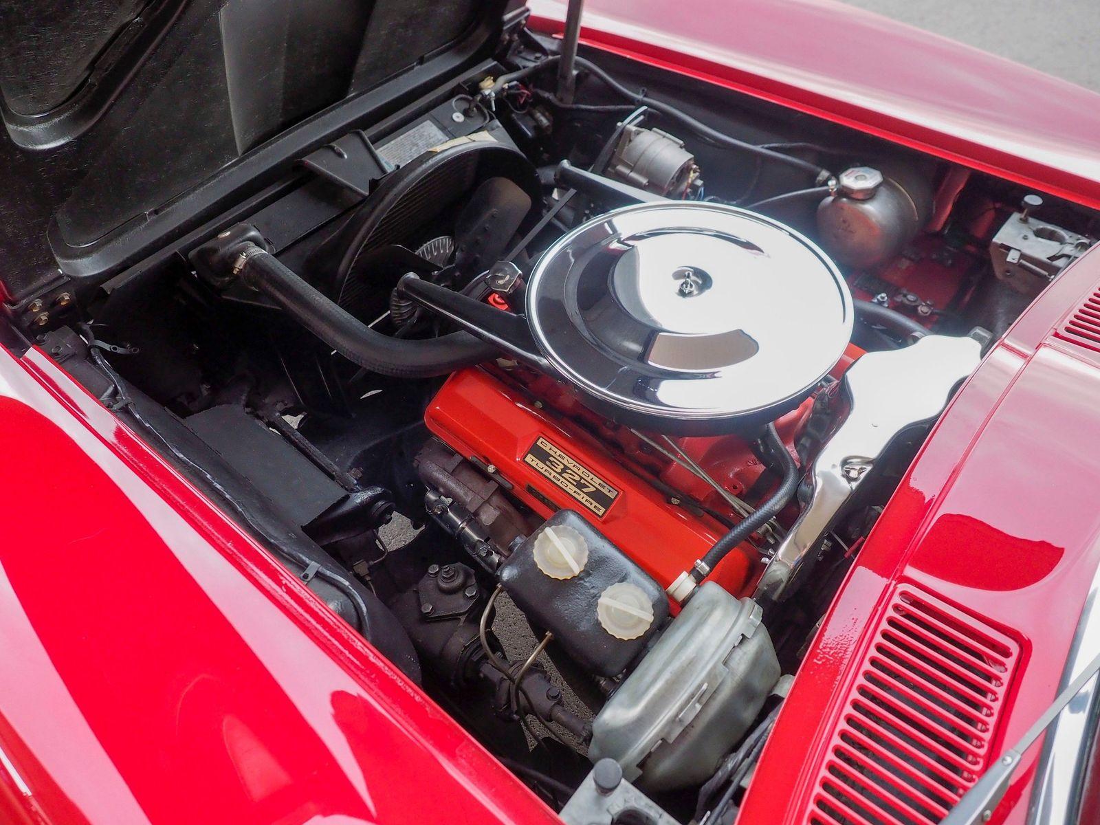1965 Chevrolet Corvette 30