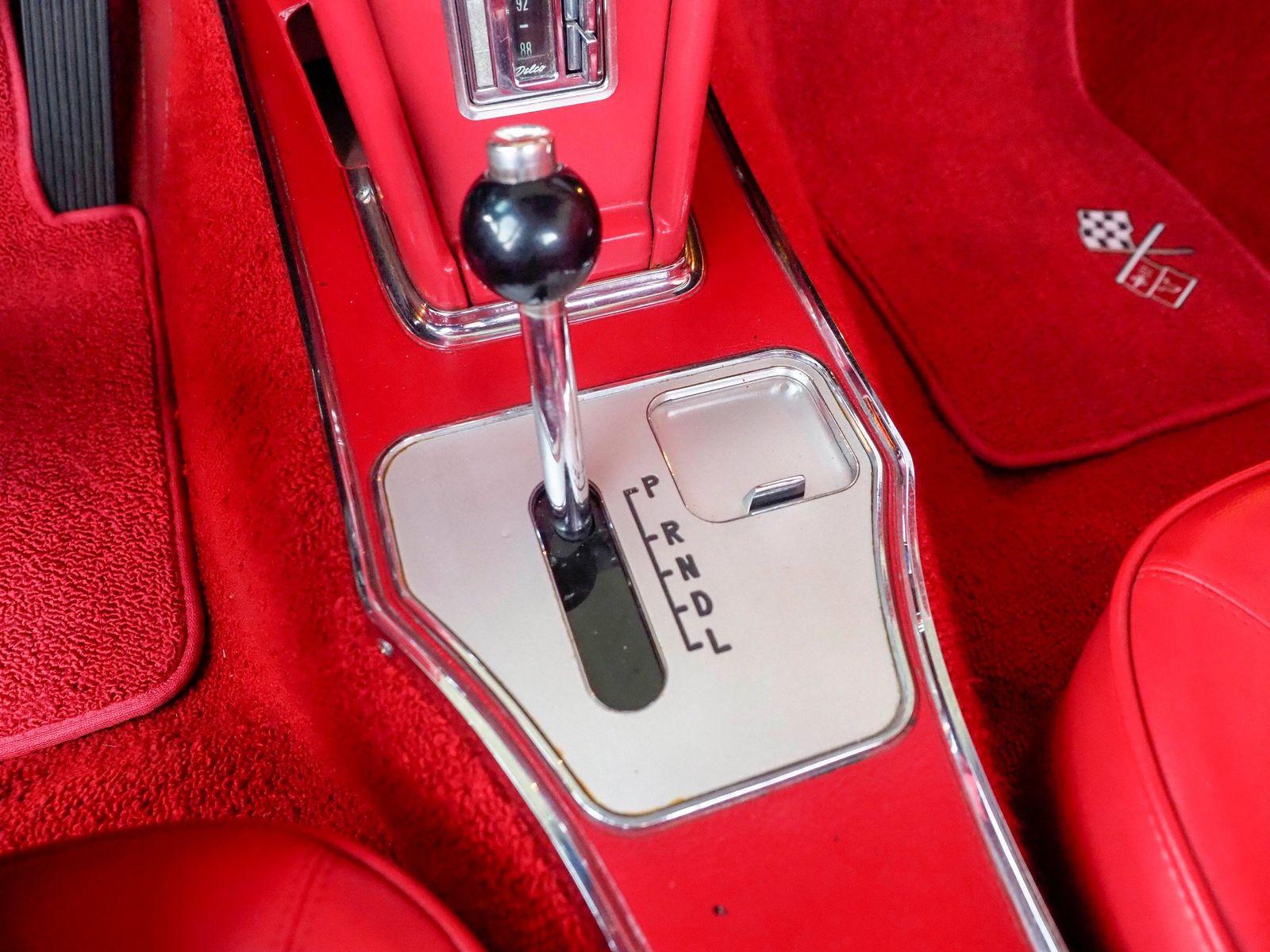 1965 Chevrolet Corvette 47