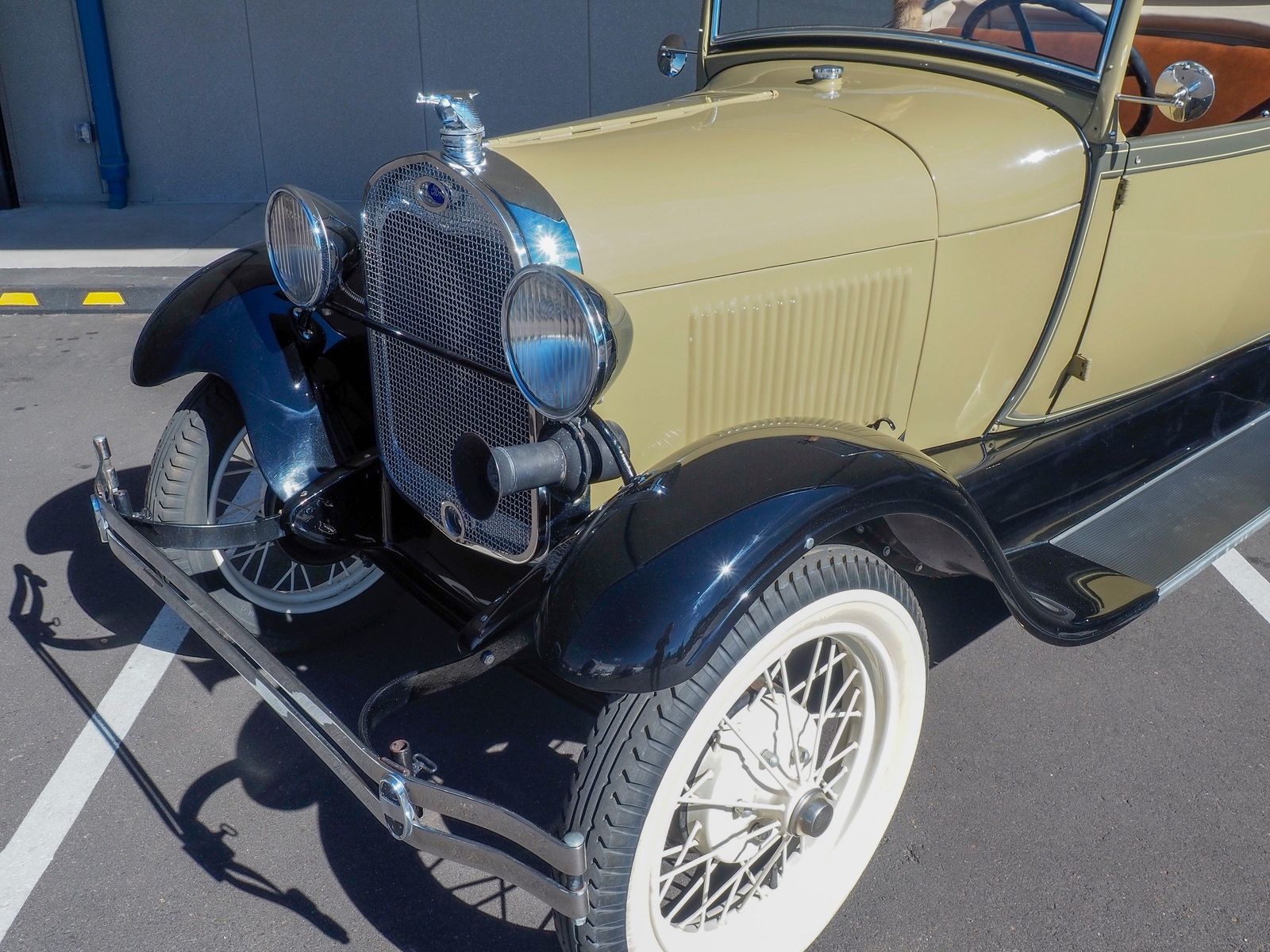 1928 Ford Model A 4