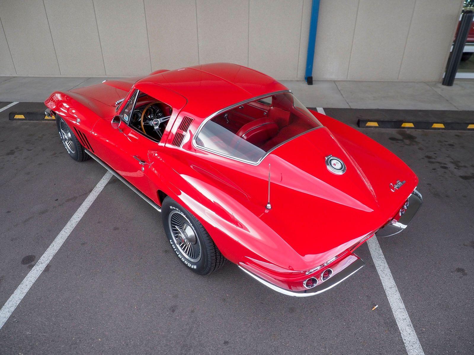 1965 Chevrolet Corvette 8