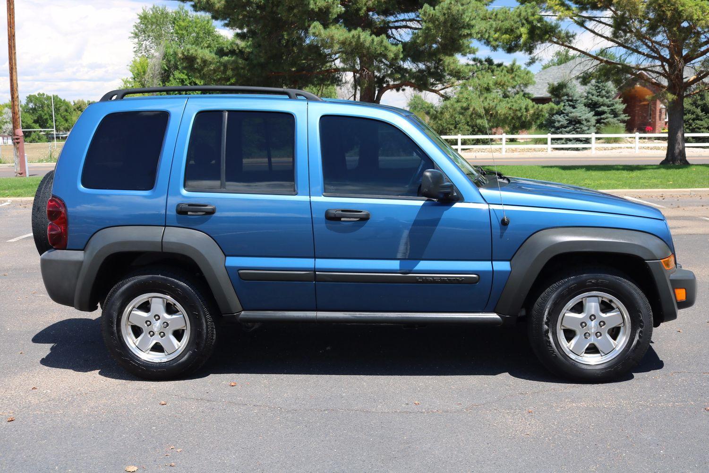 2006 jeep liberty sport crd