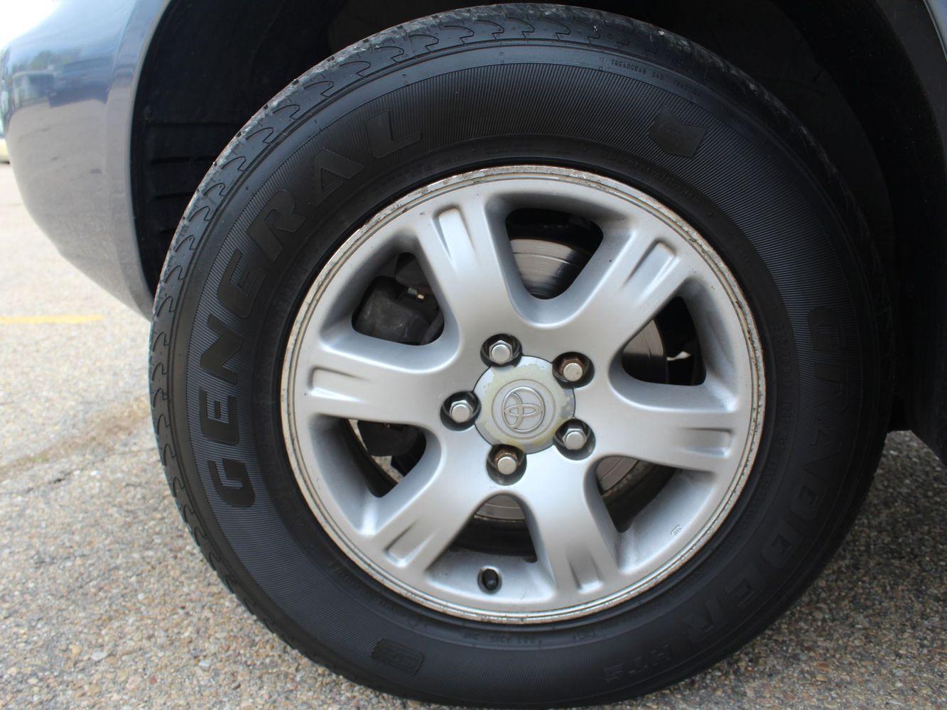 2003 Toyota Highlander Limited   Victory Motors of Colorado
